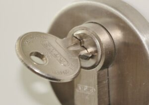 home confinement lock and key